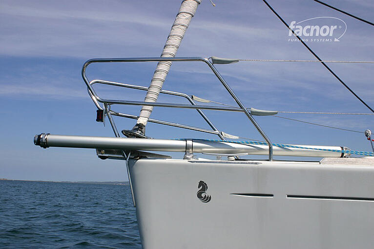 Downwind Turbo-charge with a Facnor Bowsprit