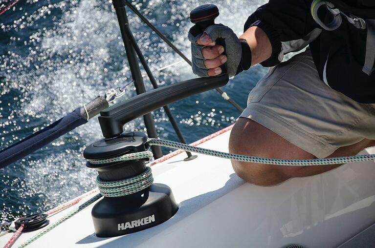 The Differences Between Harken Radial and Performa Winches