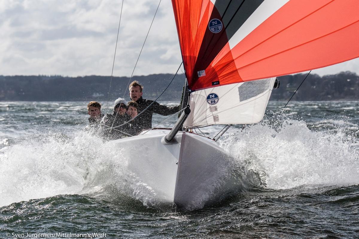 J70_sportsboat.jpg