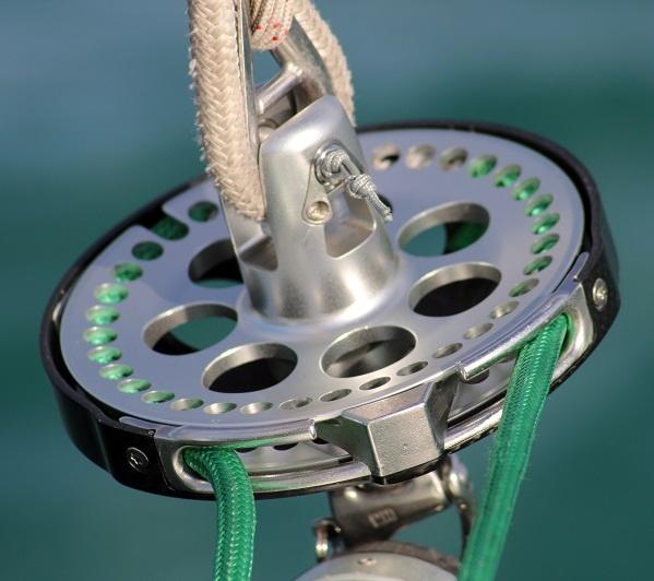 Continuous_furling line on Facnor FX+2500 furling drum