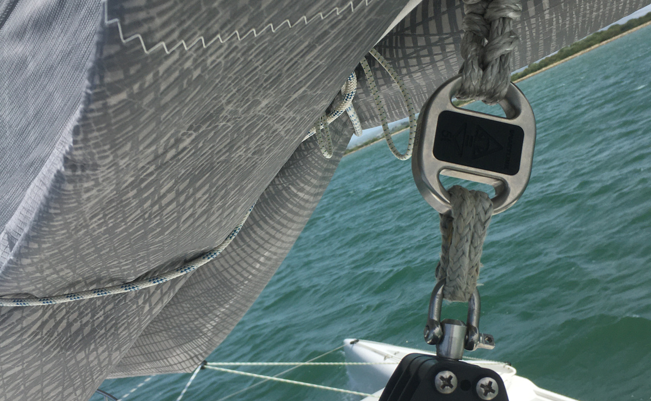 Cyclops marine smartlink on a trimaran mainsheet